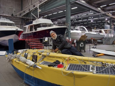 Yrvind at Stockholm Boat show with his boat Yrvind.com